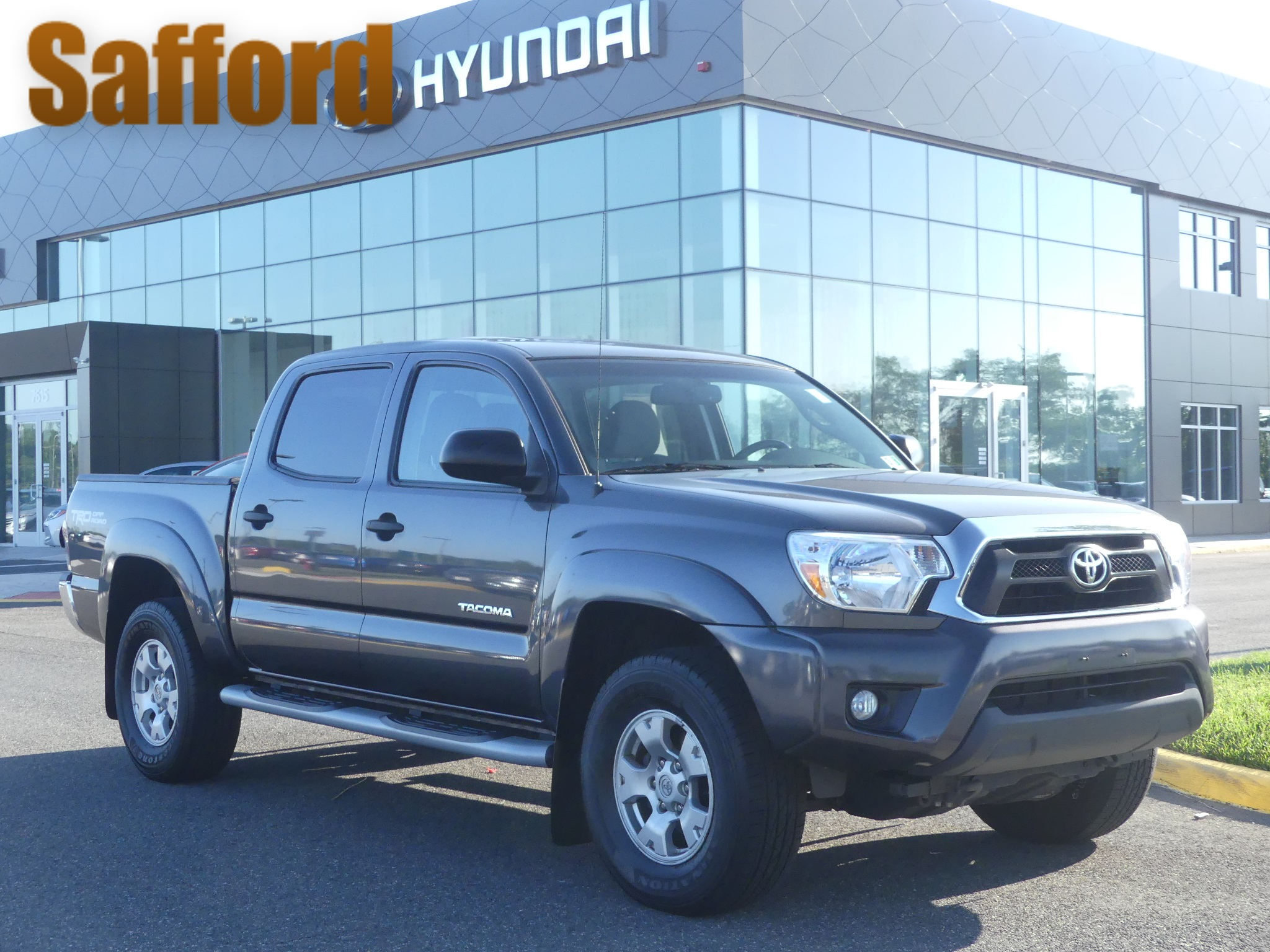 Pre Owned 2013 Toyota Tacoma